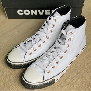 NWT Converse Chuck Taylor All Star Debossed